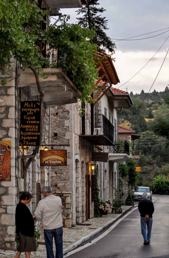 Stemnitsa main street. Here you will find hotels and guesthouses to stay while hiking in the Peleponnese Greece.